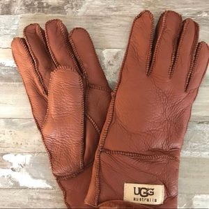 UGG women's water resistant gloves
